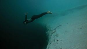UnderwaterBaseJump